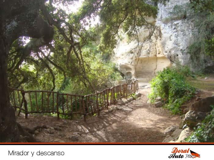 Mirador y sitio de descanso del Barranco de Algendar