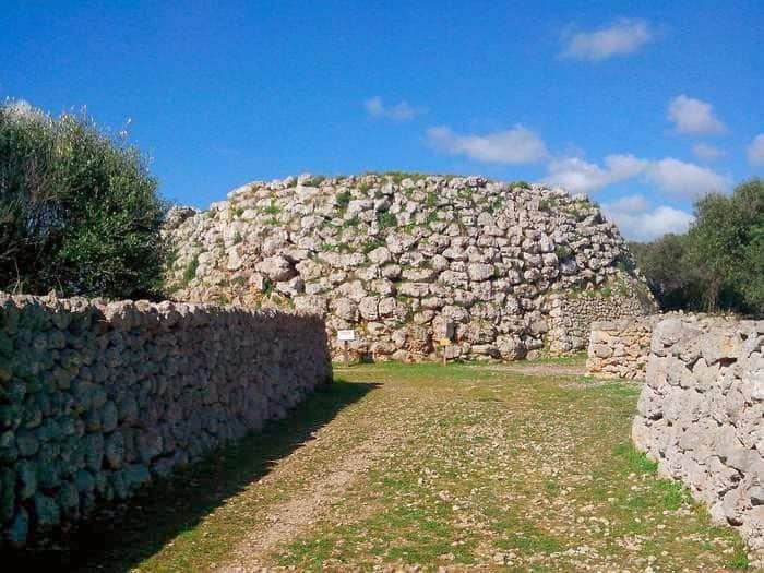 Taula, Trepuco. Menorca
