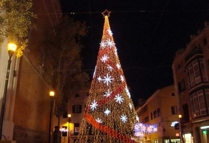 árbol de navidad, Mahón. Doral Auto