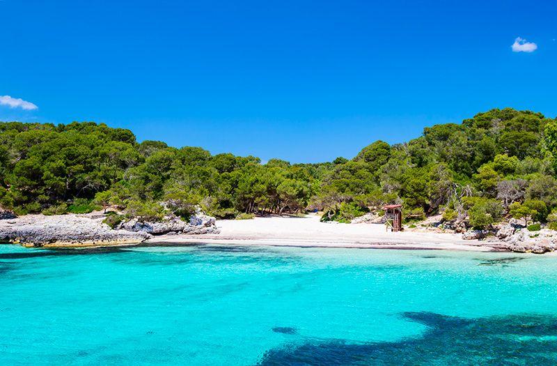 Las mejores calas ocultas de Menorca