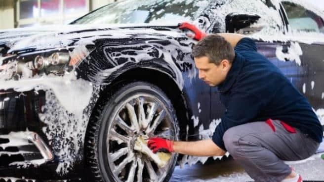 ¿Dónde limpiar mi coche en Menorca?